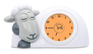 Encouraging a better sleep routine with Sam the Lamb - amber traffic light