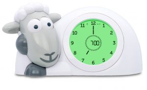 Encouraging a better sleep routine with Sam the Lamb - green traffic light